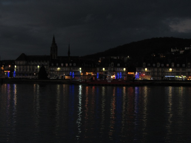 The view of St Nicolas de Bliquetuit at night.