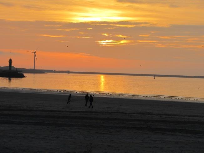 Spectacular sunset at Boulogne-sur-Mer