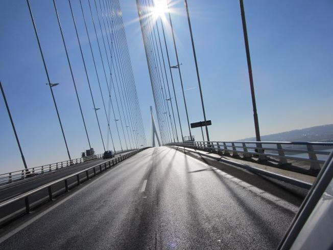 Crossing the Pont de Normandie