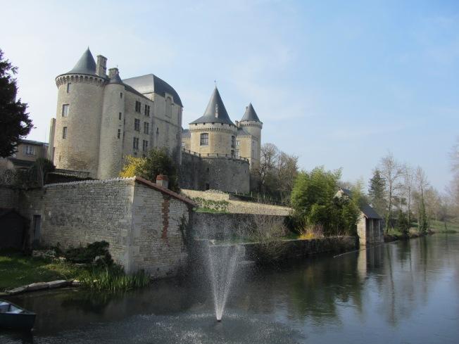 Verteuil-sur-Charente's  impressive chateau