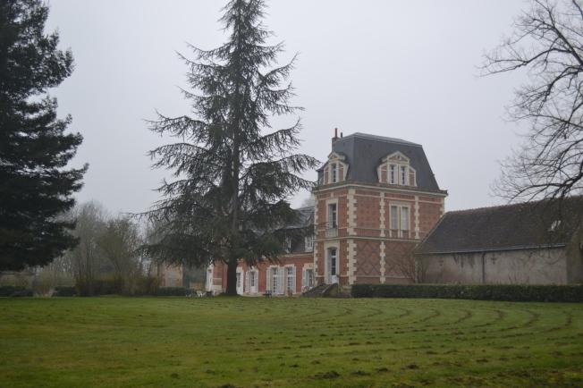 The big house.  Is it Jardins de Beauregard?