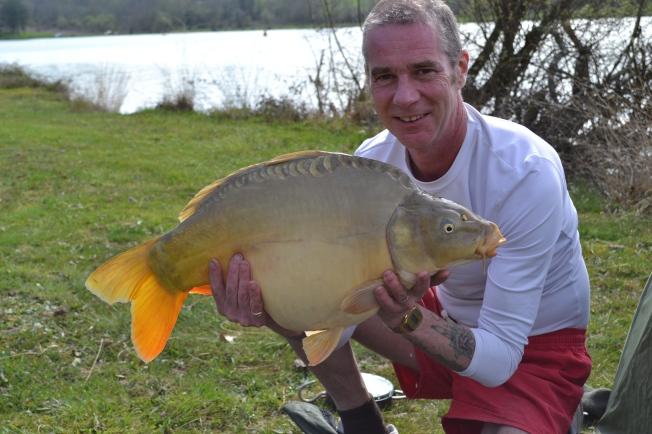 Another carp (18lb - 9kg)