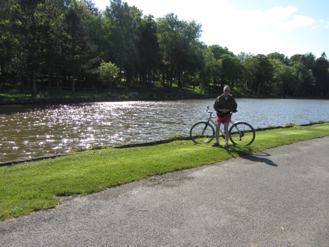 Cycling around the Lake and Epinay Woods