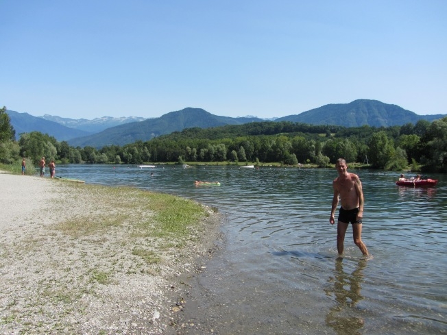 The cooling Lac de Carouge