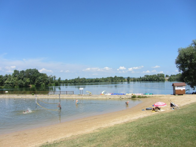 Beach and larger lake at Cormoranche-sur-Saone