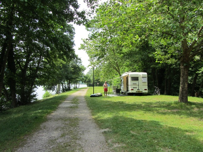 The very peaceful pitch at Villey-le-Sec campsite