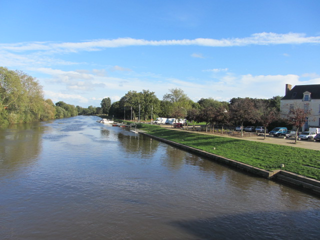 The river walk and motorhome aire viewed from the stone bridge