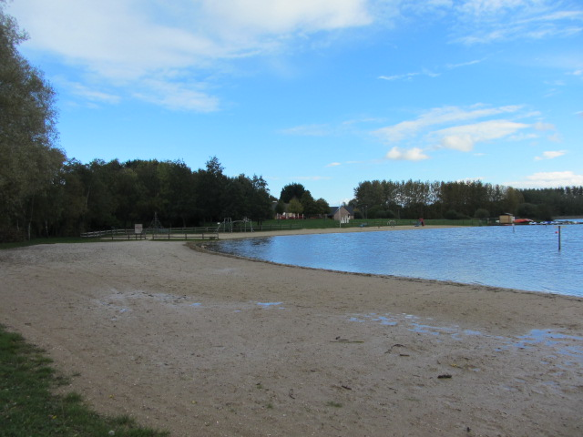 The lovely beach on the lake at la Ferté-Macé