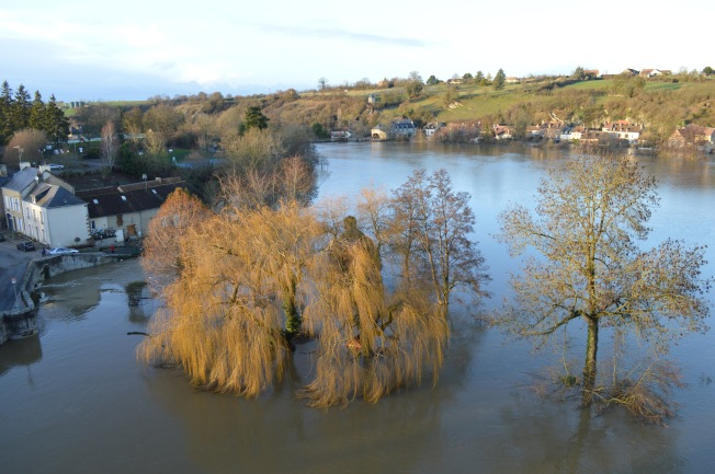 The river Sarthe had burst its banks