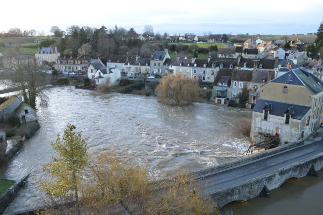 Flooded Fresnay-sur-Sarthe
