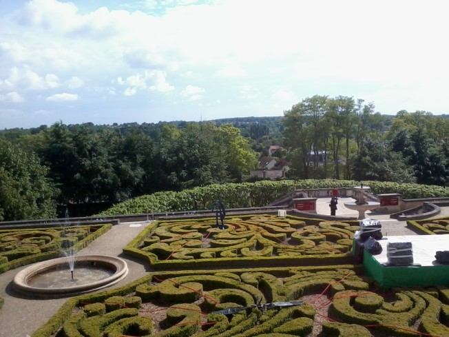 The gardens at Chateau de Auvers-sur-Oise