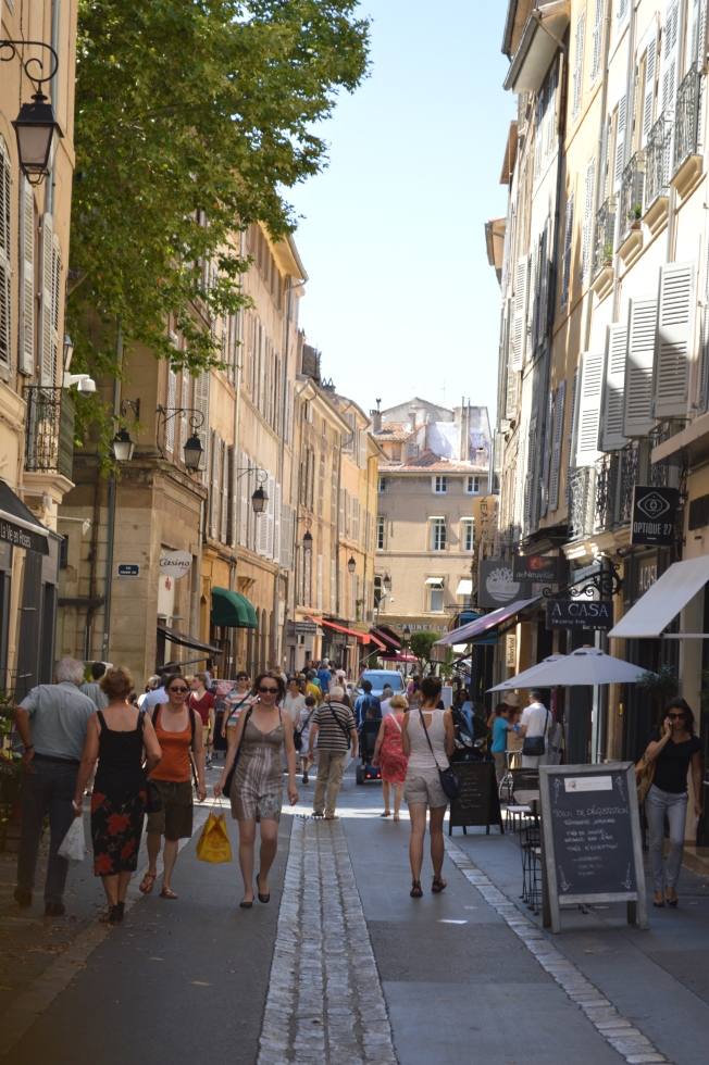 Busy Aix-en-Provence on a Friday morning, market day