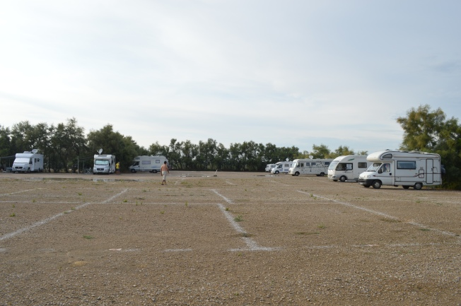 The very spacious new aire of Les Poissons d'Argent, Petite Camargue