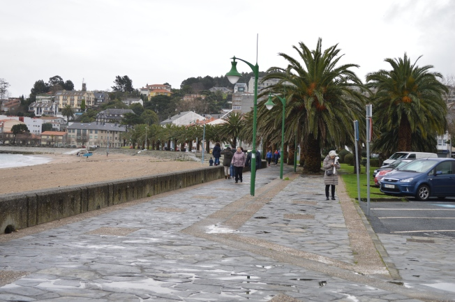 Promenade along the beach of Santa Cristina