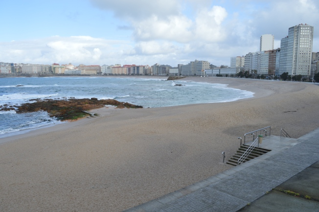 Walking along from Riazor to Orzán beach