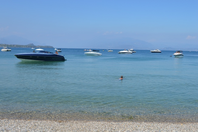 A much busier lake Garda in the afternoon
