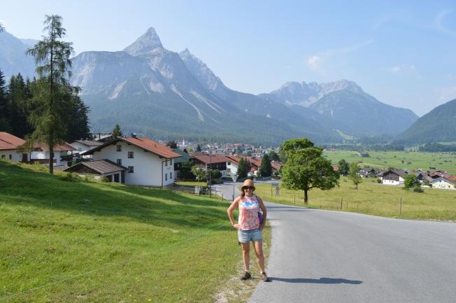 Hiking into Erhwald