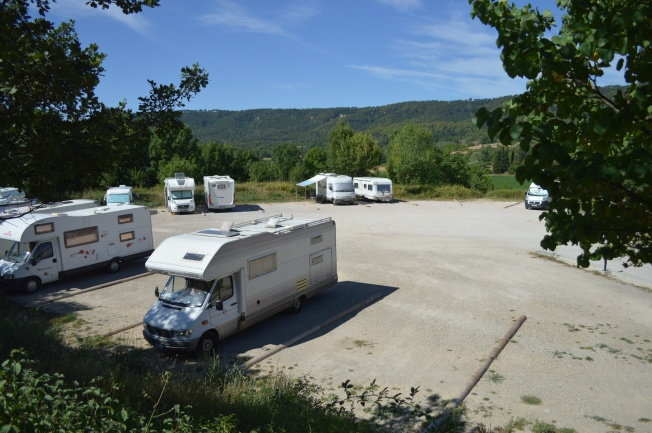 A much better motorhome aire at Moustiers-Ste-Marie