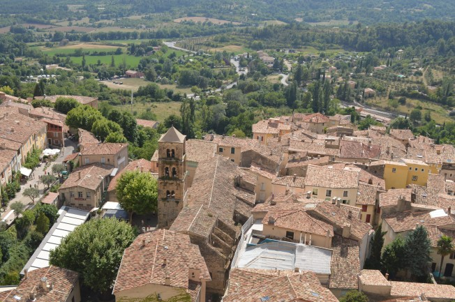 Moustiers-Ste-Marie from above