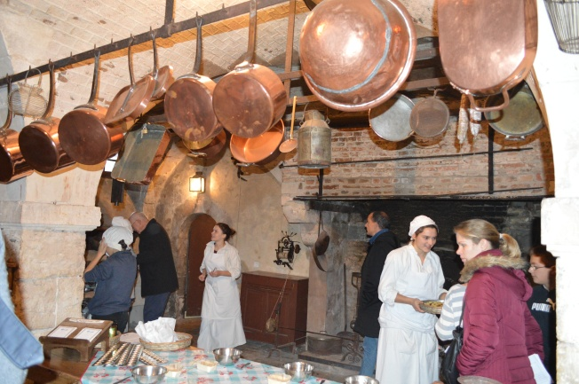 Cake making demonstration in the kitchen of the Château de  La Ferté Saint-Aubin
