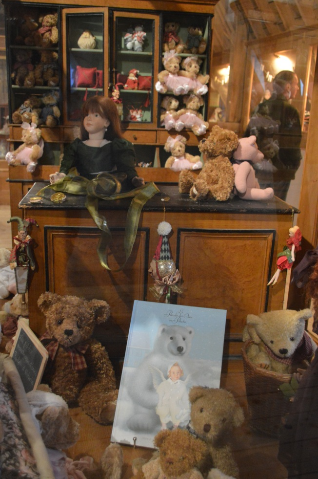 Dolls display at the Orangery