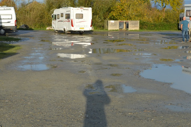 The entrance to the motorhome aire: simply not good enough